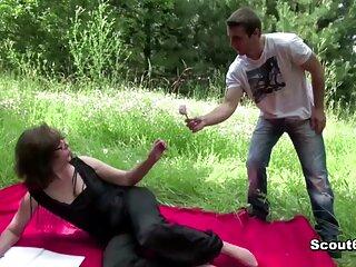 Ucraino vacanza bambola ottiene in video erotici hd entrambi yacht fori